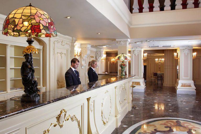 هتل تالیون امپریال سنت پترزبورگ