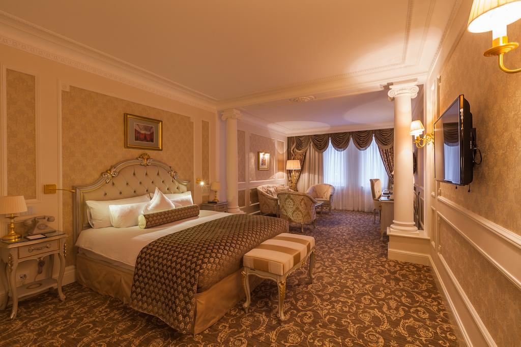 هتل ارمیتاژ سنت پترزبورگ