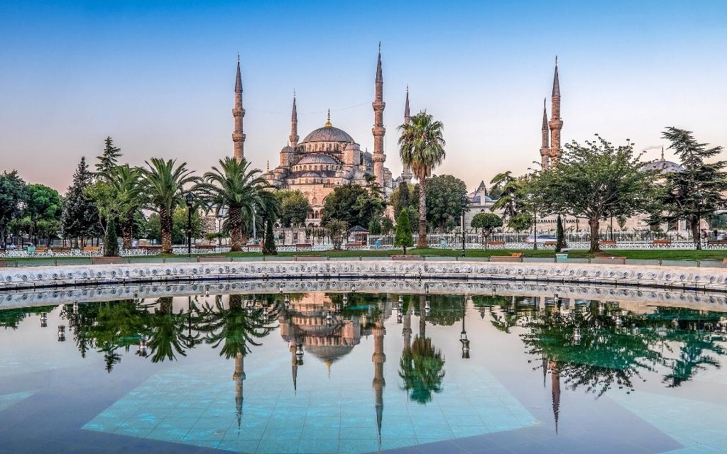 Photo of تور استانبول زمستان ۹۹ -نرخ کارگزاری- پایینترین نرخ های ممکن !!
