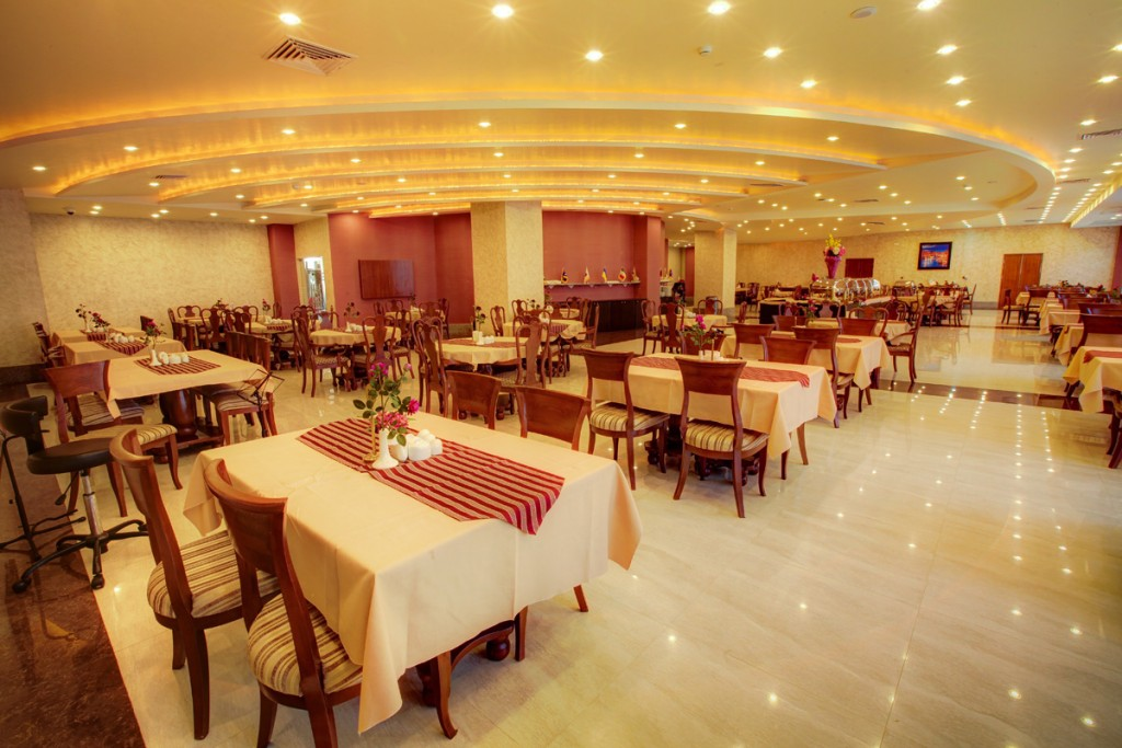 رستوران هتل ایران