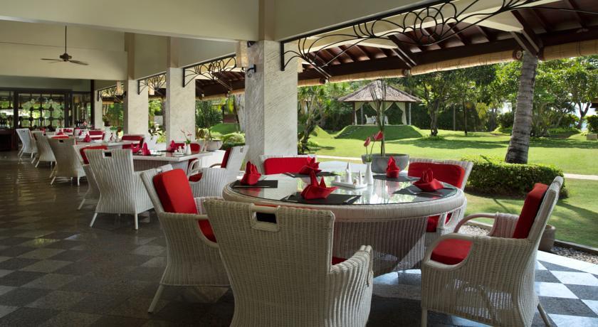 هتل 5* دیسکاوری کارتیکا پلازا بالی