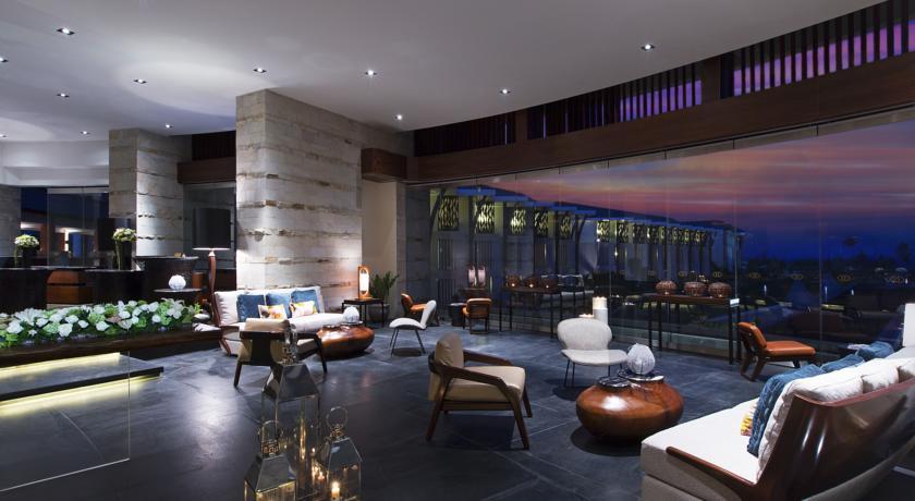 لابی هتل سوفیتل