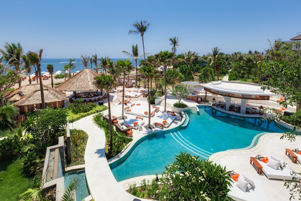 محوطه هتل سوفیتل بالی
