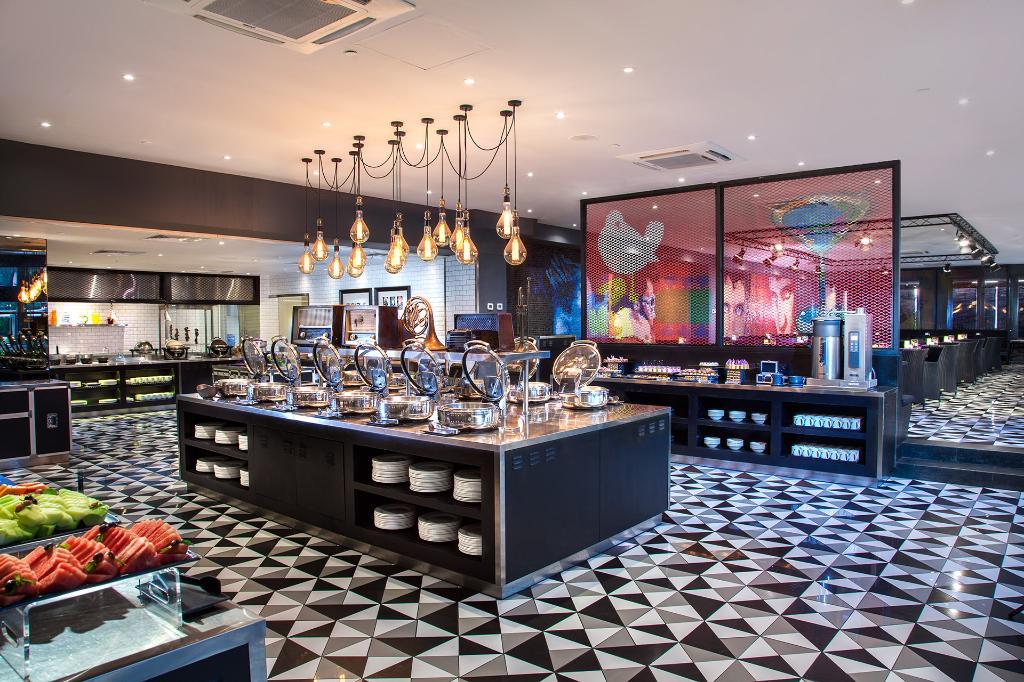 رستوران هتل هارد راک بالی