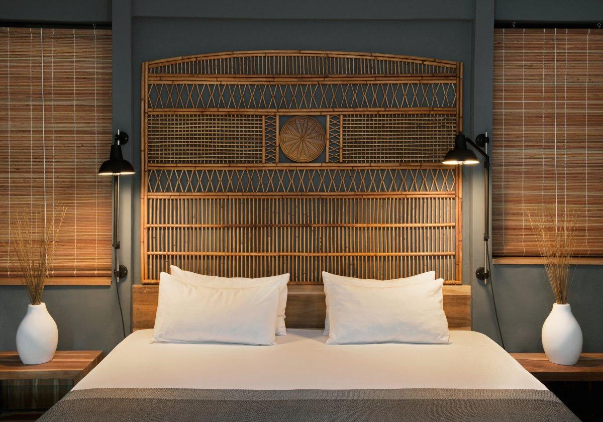 هتل 4 ستاره راونالا اتیتود موریس