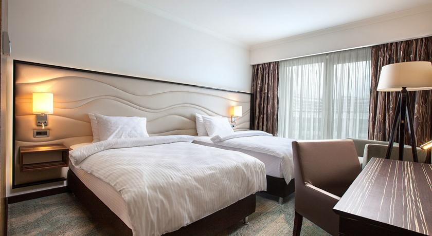 هتل 4* تاپ ایمرتینسکی سوچی