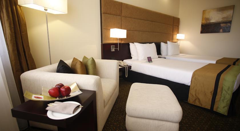 هتل سینامون لیک ساید