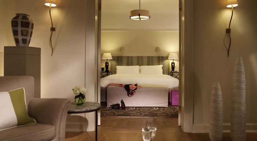 هتل آستوریا سنت پترزبورگ