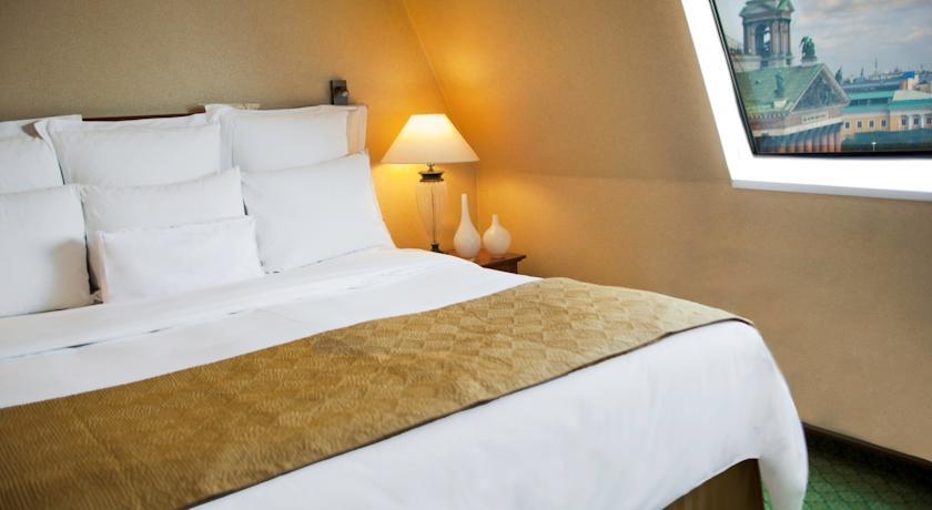 هتل رنسانس بالتیک سنت پترزبورگ