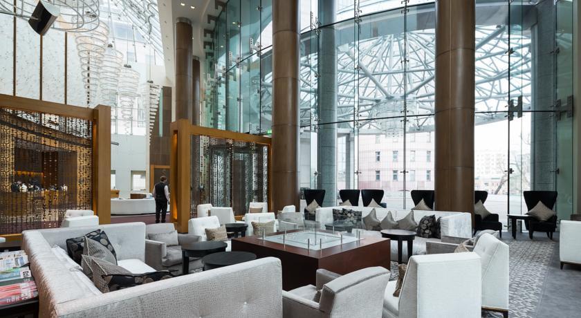 لابی سوئیس هتل