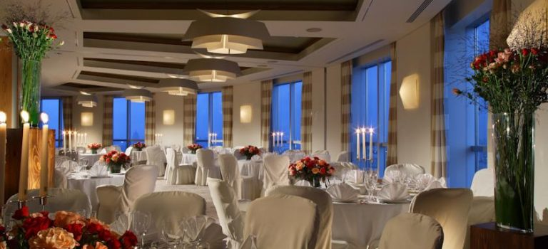 سوئیس هتل مسکو ۵* تاپ