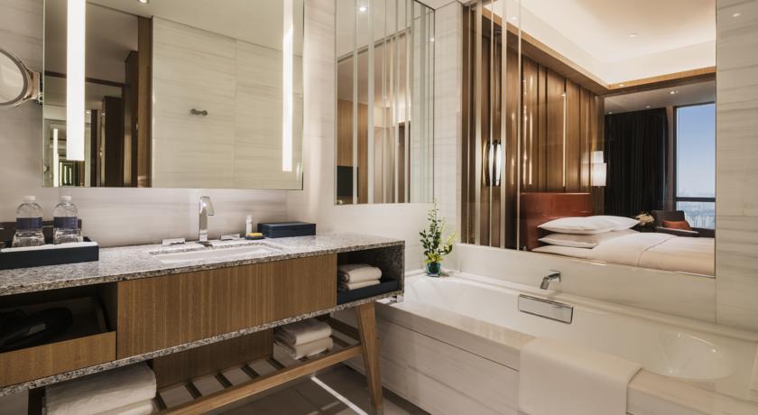هتل پنج ستاره حیات ریجنسی شانگهای