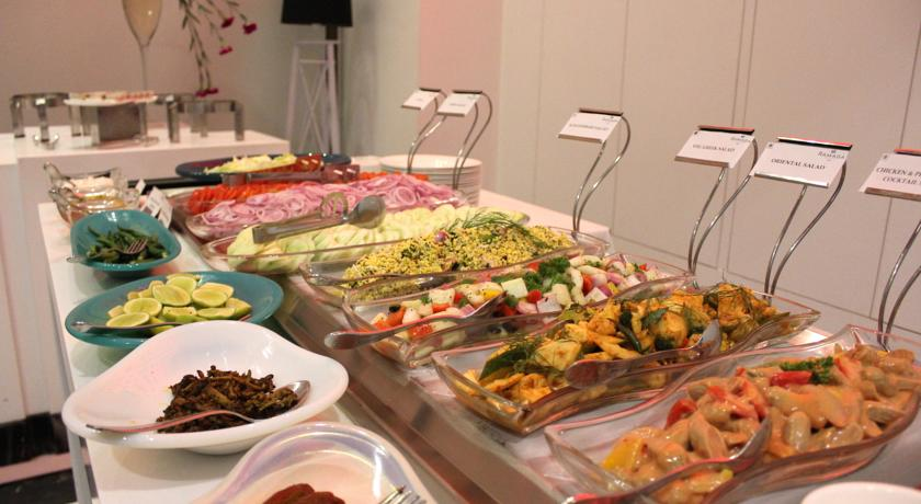 غذاهای هتل رامادا پلازا