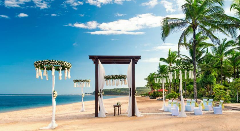 هتل سنت رجیس جزیره بالی