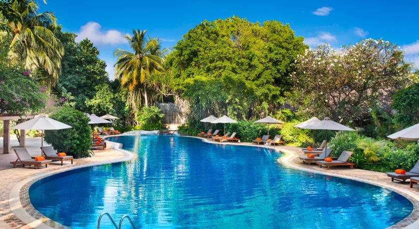 هتل شرایتون فول مون مالدیو | SHERATON FULL MOON | شیوار سیاوشان