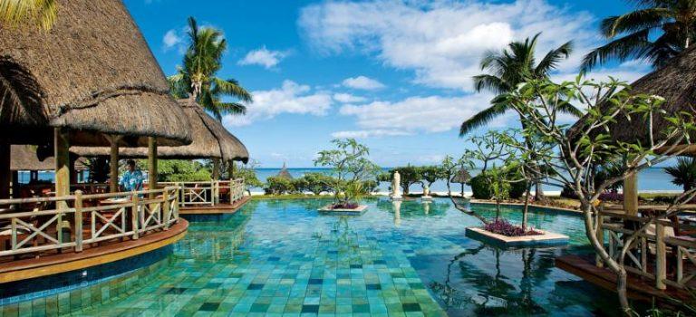 هتل لاپیروگ موریس | La Pirogue Resort & Spa
