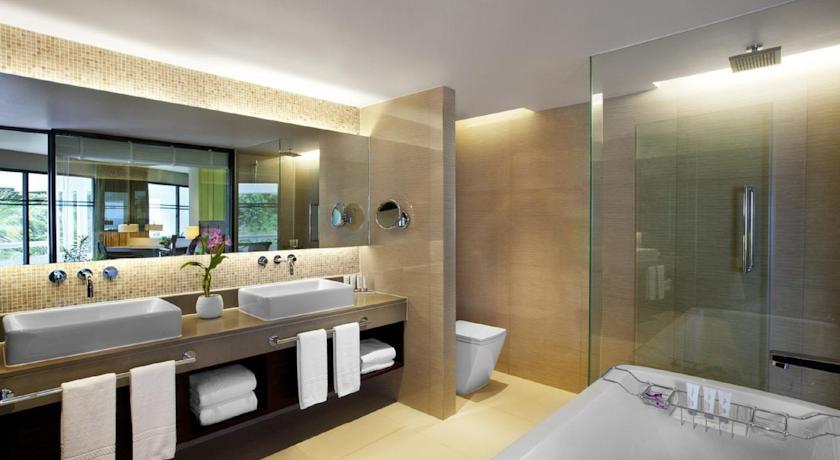 هتل لمردین فوکت تایلند