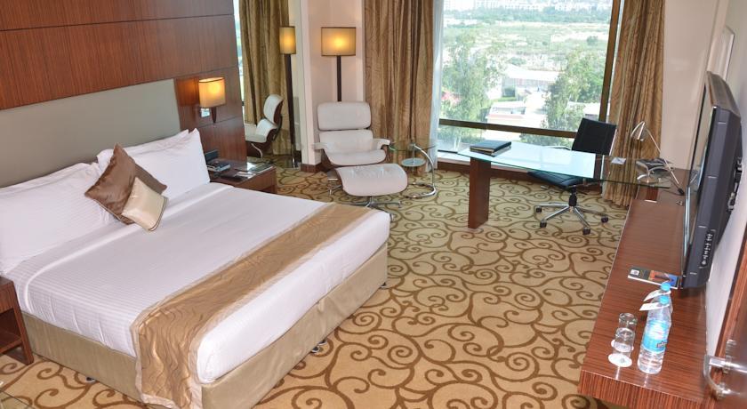 هتل چهار ستاره کانتری این دهلی