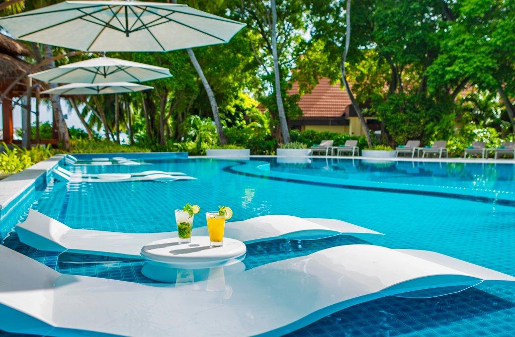 kurumba hotel in maldive