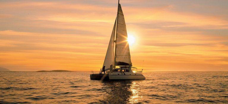 کشتی تفریحی کاتاماران موریس | CATAMARAN CRUISES