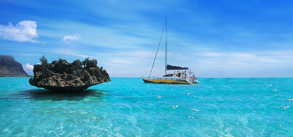 کشتی تفریحی کاتاماران جزیره موریس