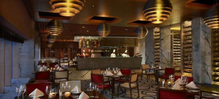 هتل د لی لا آمبینس گورگاون دهلی (۵*تاپ)