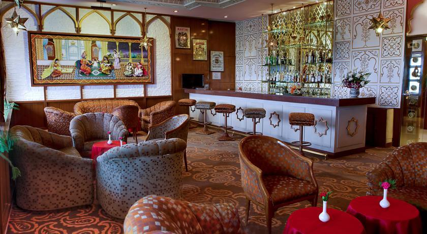 CLARKS SHIRAZ HOTEL IN AGRA