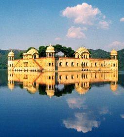 کاخ جال محل جیپور
