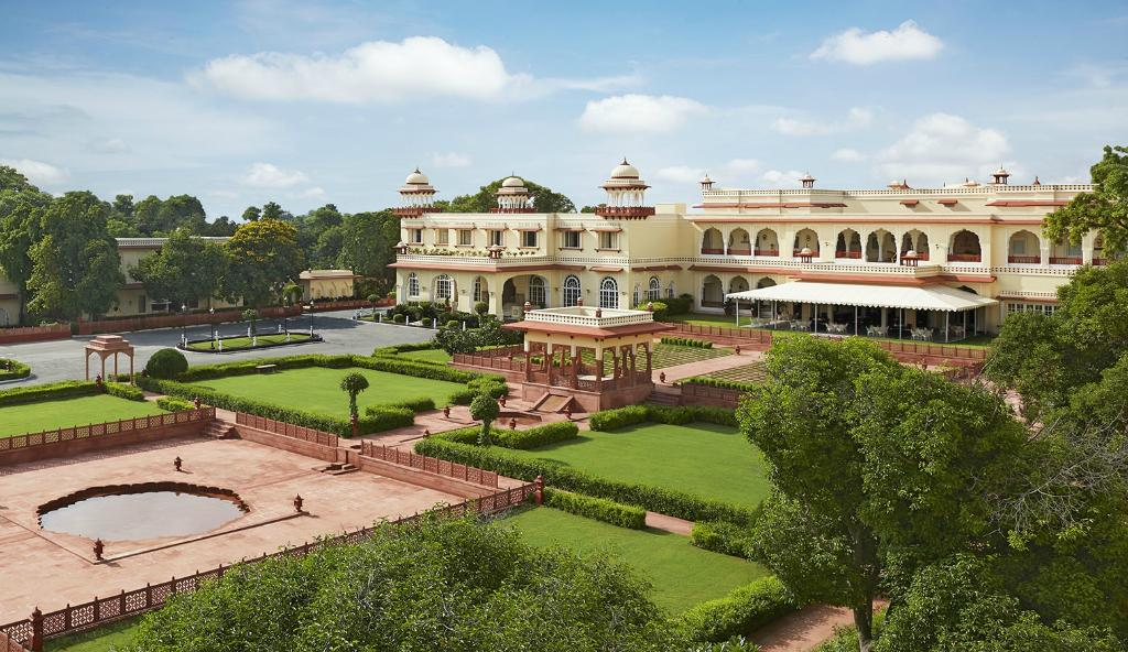 JAL MAHAL PALACE HOTEL IN JAIPUR