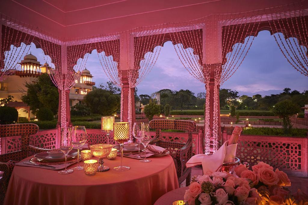 JAI MAHAL PALACE HOTEL IN JAIPUR