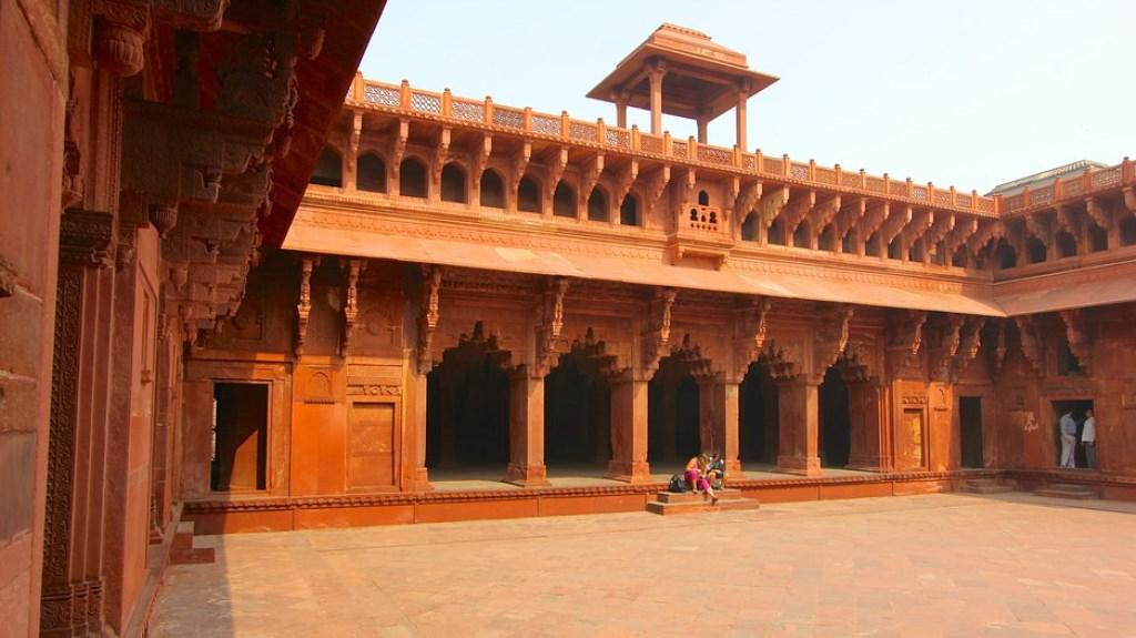 قلعه اگرا هند