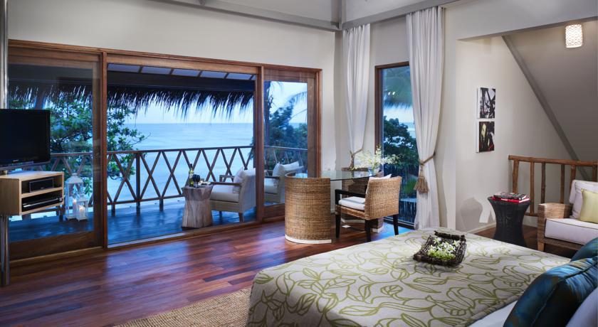 هتل ویوانتا کرال ریف بای تاج