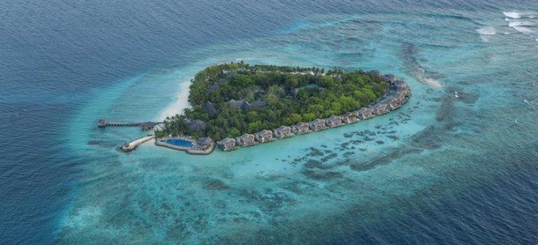 هتل ویوانتا کرال ریف بای تاج مالدیو | Vivanta by Taj