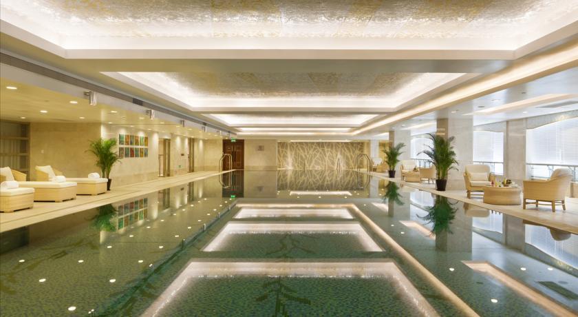 استخر هتل دراگون هانگژو
