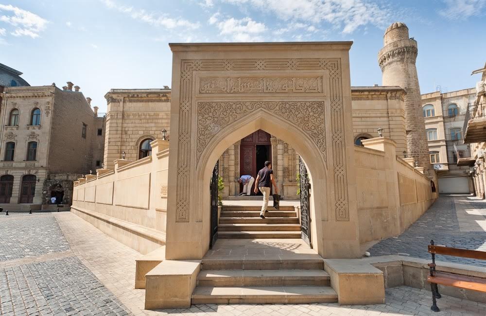 کاخ شروان شاهان باکو