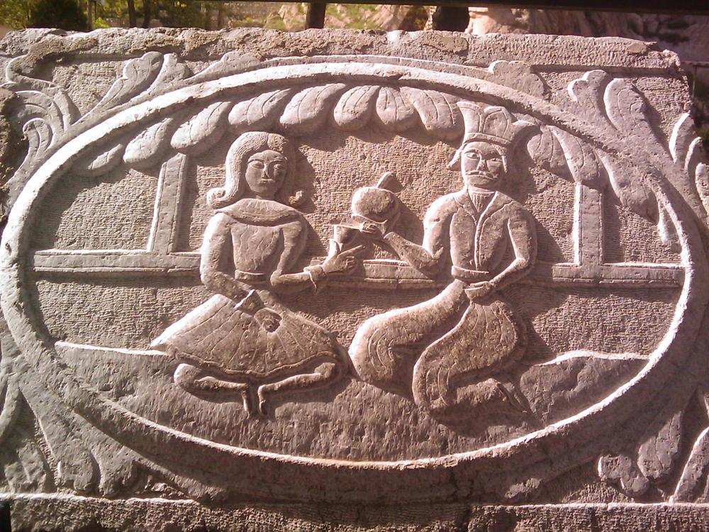 نقش شیرین و فرهاد در قصر شیرین