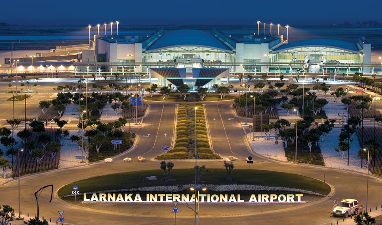 فرودگاه لارناکا