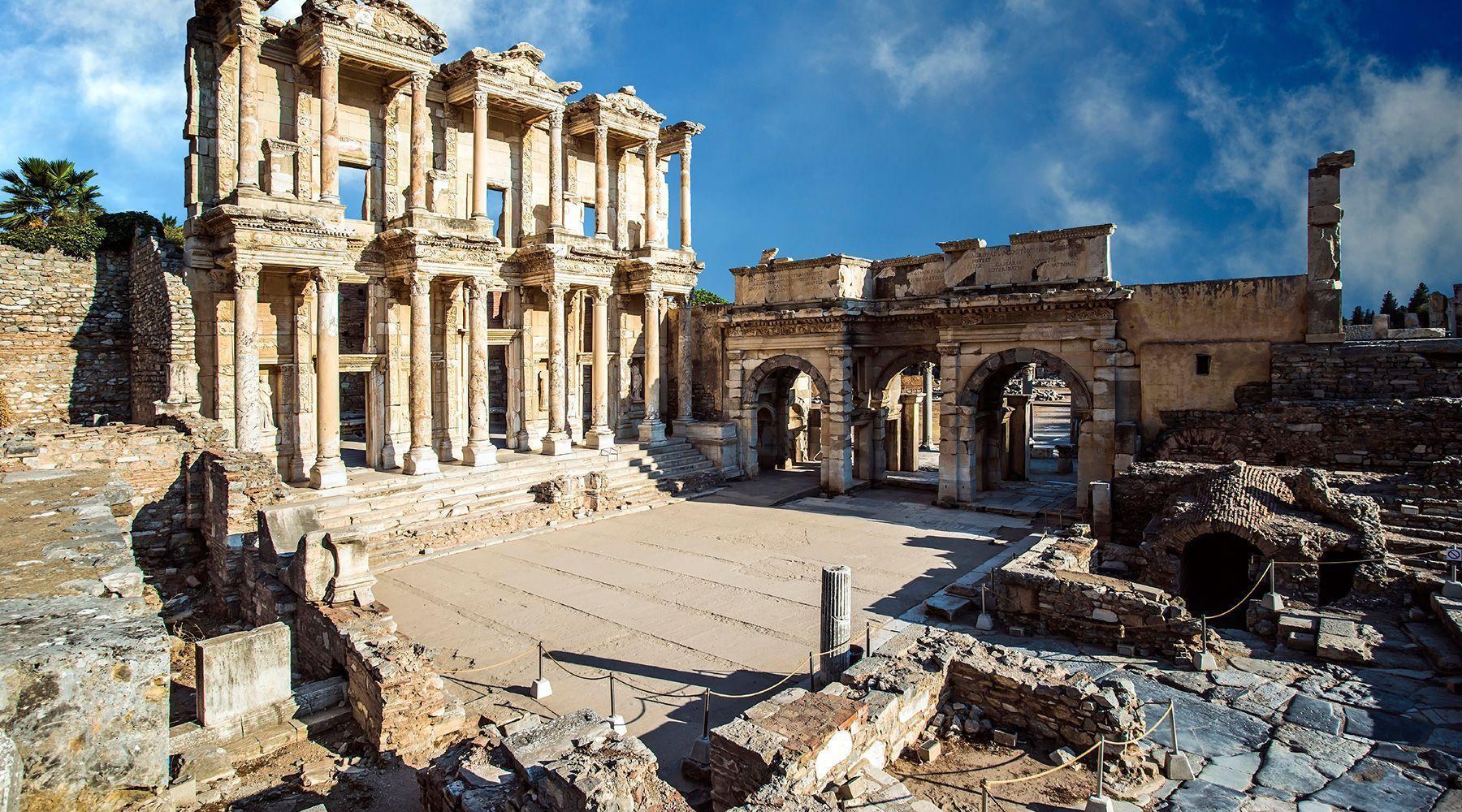 معبد افسوس ازمیر