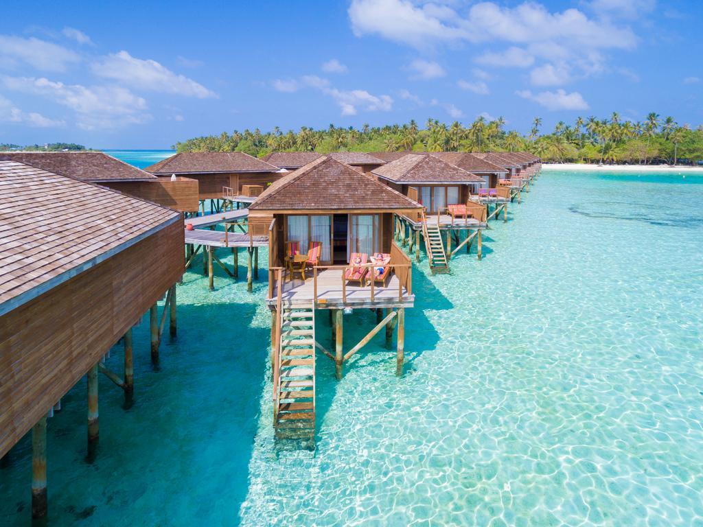 Photo of هتل میرو آیلند مالدیو | Meeru Island Resort Maldive