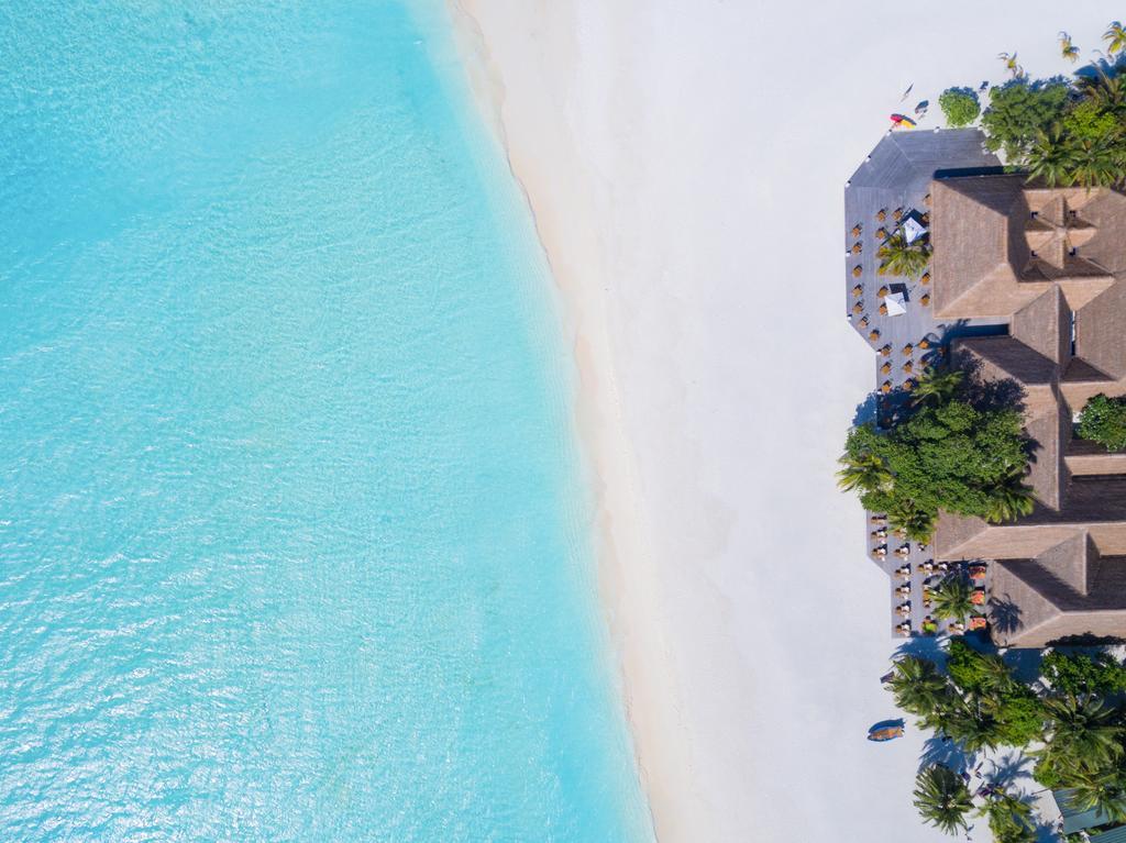 ساحل هتل میرو آیلند ریزورت