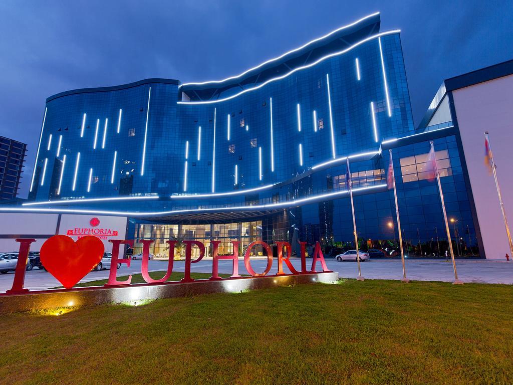 هتل افوریا باتومی