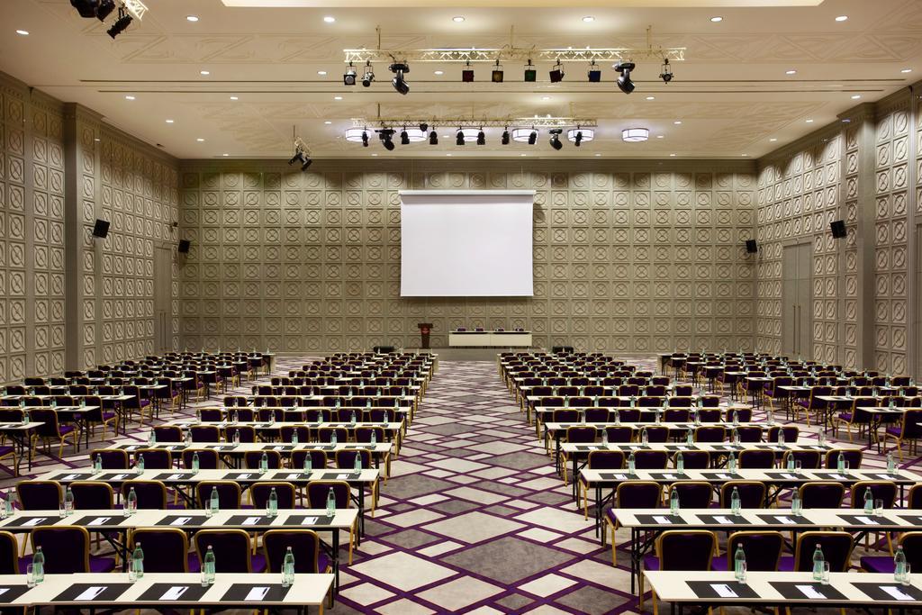 نمای داخلی هتل شرایتون گرجستان