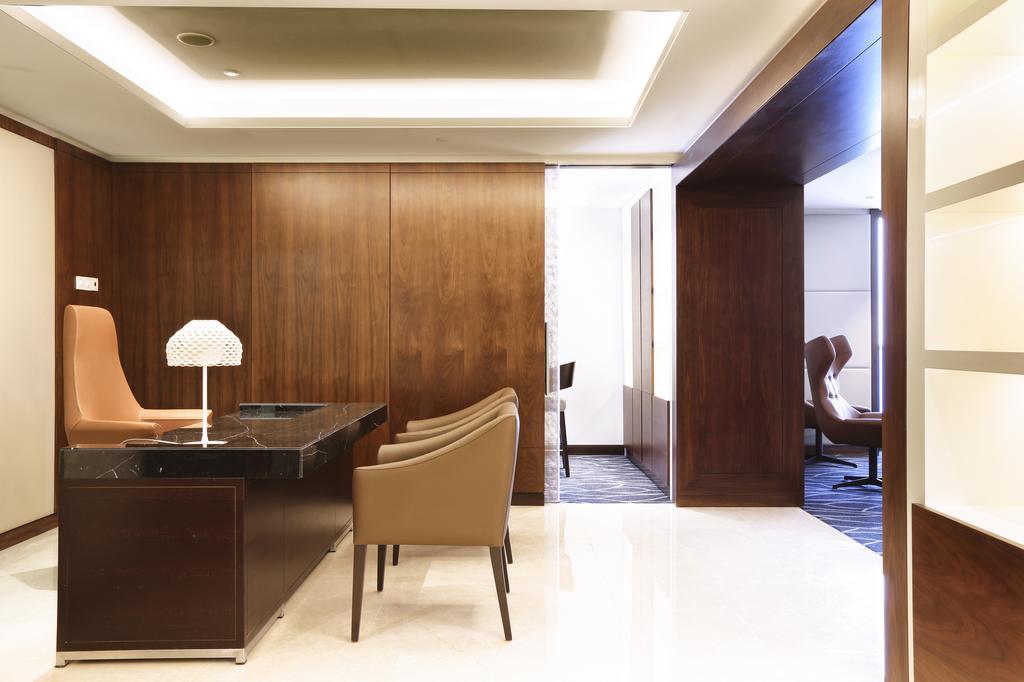 نمای داخلی هتل هیلتون