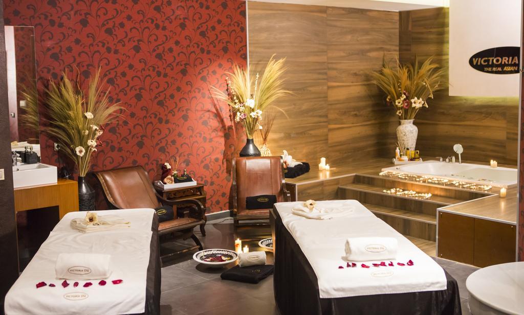 نمای داخلی هتل ویندهام