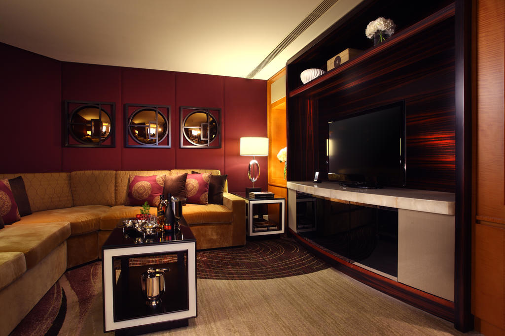هتل کنراد