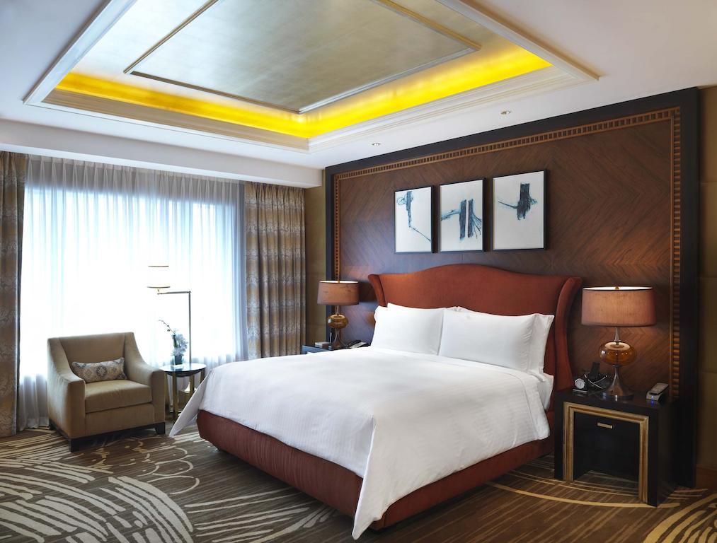 نمای داخلی هتل کنراد ماکائو