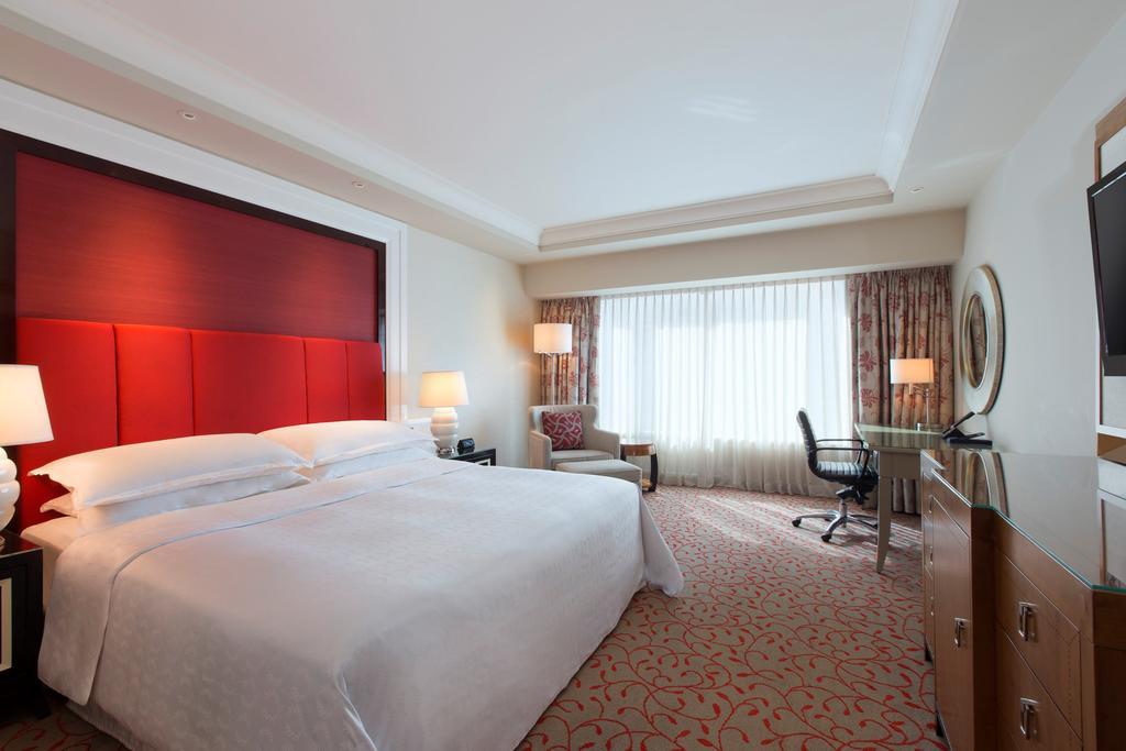 نمای داخلی هتل شرایتون