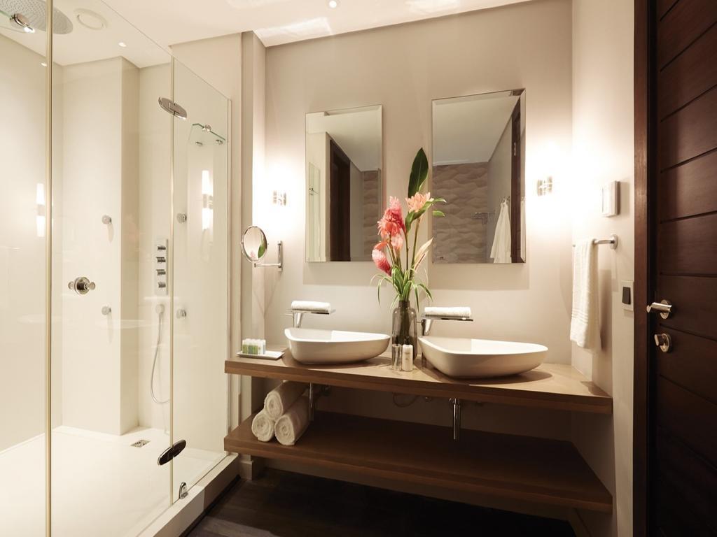 فضای داخلی هتل اِدِن بلو ریزورت