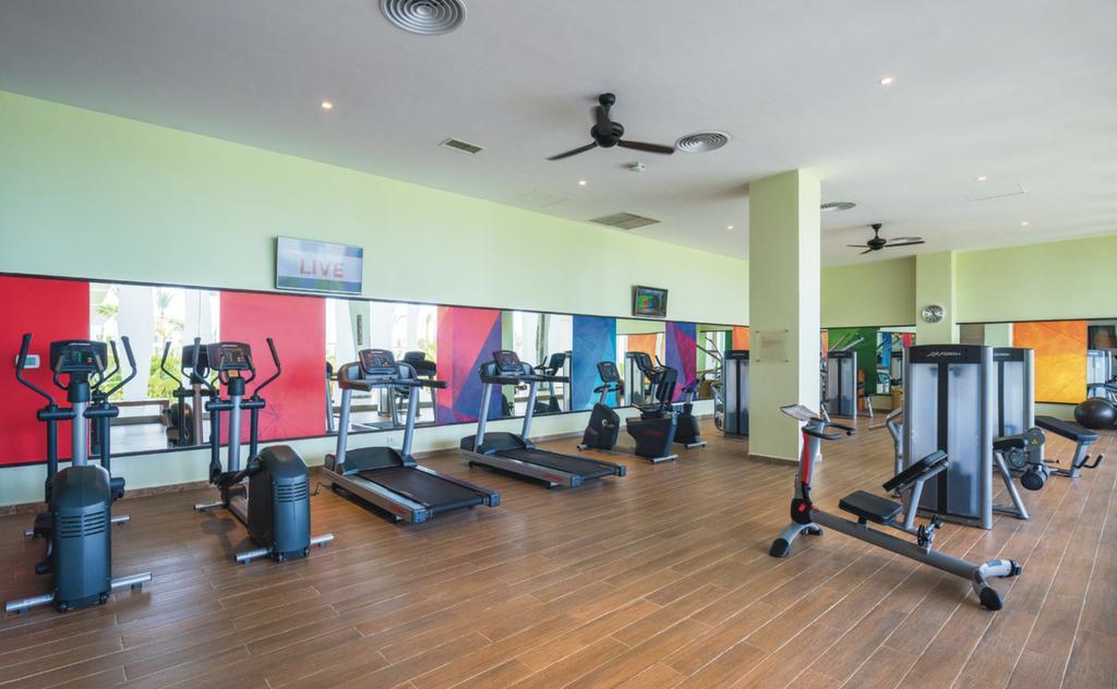 سالن ورزشی هتل ریو آهونگالا