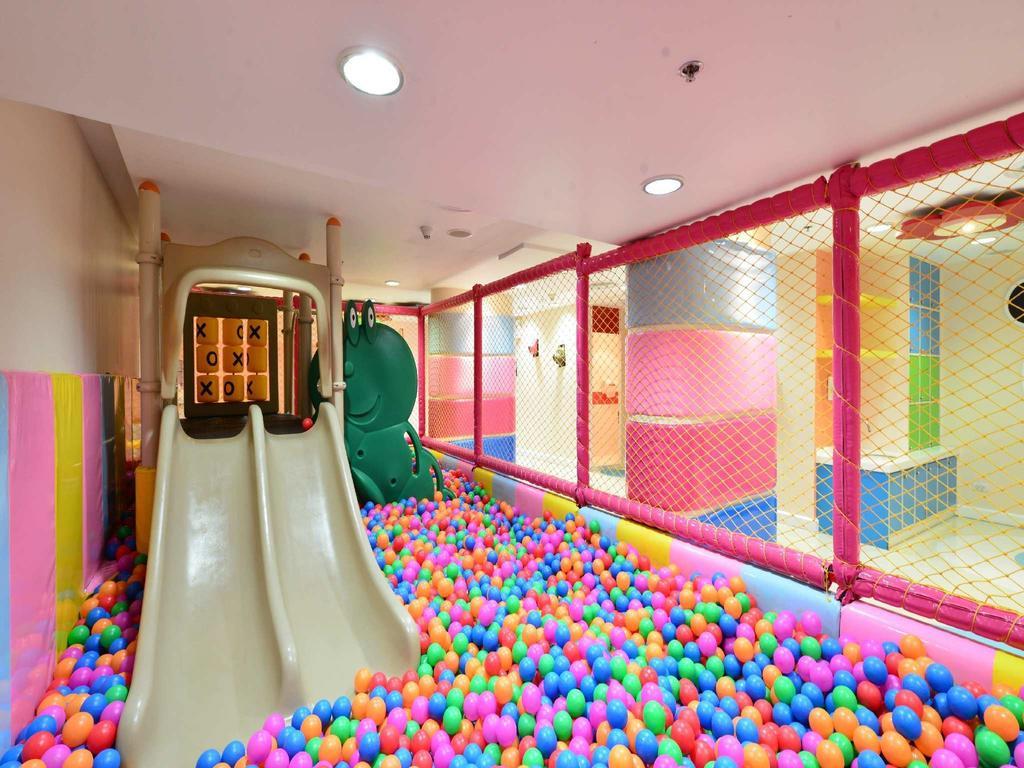 فضای بازی مخصوص کودکان در هتل سوییس اوتل